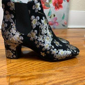 Anne Klein Womens GORGIA  Floral Ankle Booties
